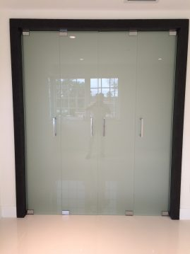 closet glass door